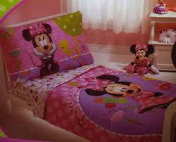 Minnie Mouse Bed Room by Amazon Com Disney Minnie Mouse 4 Piece Toddler Bedding Bed Set