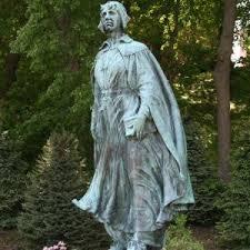 thanksgiving pilgrim statues pilgrim maiden statue pilgrim memorial state park a day of