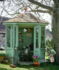 looking for a painted summerhouse