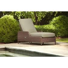 Lounge Patio Chairs Brown Jordan Vineyard Patio Chaise Lounge With Meadow Cushions