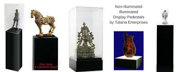 lighted display stand for glass art displaying art on display pedestals talaria enterprises museum store