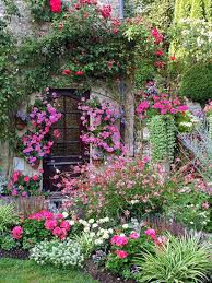 English Cottage Gardens Photos - 7 steps to creating a quaint english garden