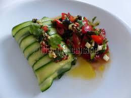 cuisine en papillote dos de cabillaud en papillote de courgette à la concassée de tomates
