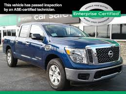 nissan finance dallas tx used 2017 nissan titan crew cab pricing for sale edmunds