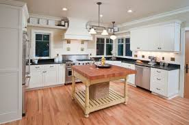 what color floor for white cabinets 36 inspiring kitchens with white cabinets and granite