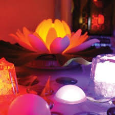 battery operated floating pool lights floating glow lily pool light decorating tips pinterest