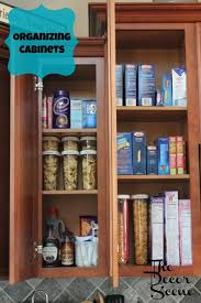 kitchen cupboard organizing ideas best 25 organizing kitchen cabinets ideas on kitchen