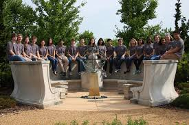 synthetic biology summer program brings high schoolers to