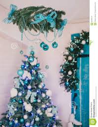 christmas tree decorations blue silver white