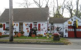 Home Decorations For Halloween by Halloween House Decoration 02 Jpg