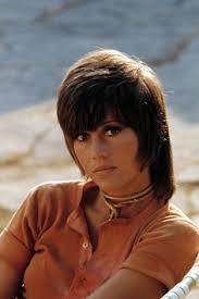 jane fonda in klute haircut jane fonda early 70 s 70 s pinterest hair style and salons