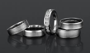 my wedding band 6 tips for choosing wedding bands mywedding