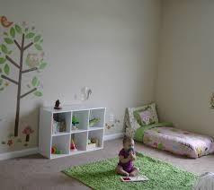 disposition chambre bébé 8 chambres de bébé décorées et aménagées selon la pédagogie montessori