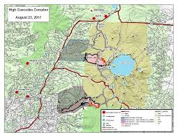 map of oregon near crater lake crews continue to wind the high cascades complex fires near