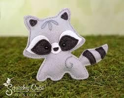 25 unique raccoon animal ideas on raccoon stuffed