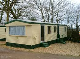 find static caravan sites and caravan holiday parks in brean