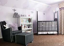 lumiere chambre bébé chambre bébé lilas idées de design d intérieur et de meubles