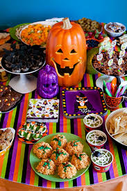 20 creative halloween party tables u0026 treats jennifer perkins