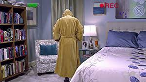 The Big Bang Theory Apartment Plottify Howard Wolowitz Jedi Bathrobe Is A Catch 22 In The Big