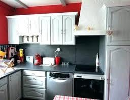 relooker une cuisine rustique en moderne repeindre une cuisine rustique changer facade cuisine remplacer