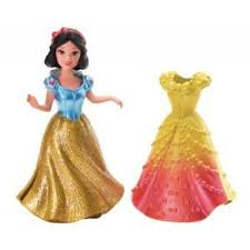 disney princess magiclip figure snow white with 2 dresses 2 800x800 jpg