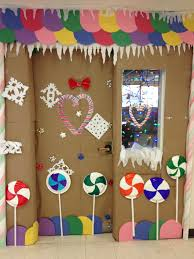 gingerbread house classroom door decorating 2nd place winner