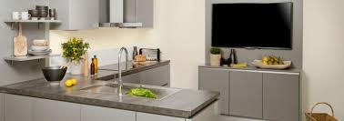 cuisine ouverte surface cuisine sur mesure surface maison design bahbe com