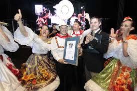 traje del sanjuanero huilense mujer y hombre para colorear sanjuanero el baile más grande del mundo
