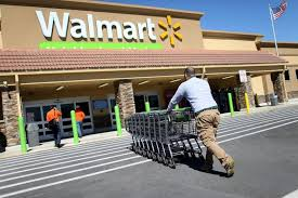 what supermarkets and stores are open on thanksgiving walmart