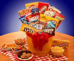 food gifts to send junk food junkie snack gift basket candy gift ideas