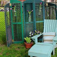 Trellis As Privacy Screen 22 Simply Beautiful Low Budget Privacy Screens For Your Backyard