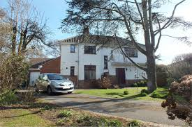 properties for sale listed by cj hole burnham on sea