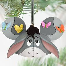 30 quirky disney christmas decoration ideas christmas celebrations