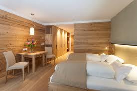 Schlafzimmer Zirbenholz Kaufen Schlafzimmer Tischlerei Eisacktal Tischlerei Gröden Südtirol