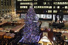 holiday lights trolley chicago chicago holiday lights trolley and christmas market tour 2018