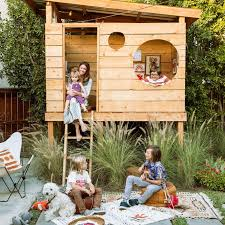 How To Create An Outdoor by Best 25 Backyard Fort Ideas On Pinterest Kids Garden Playhouse
