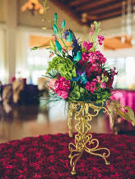 How To Make Wedding Decorations Make Wedding Flower Decorations Three Simple Vases Interlocked