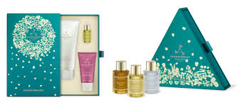 christmas gift sets aromatherapy associates christmas gift sets day 11 mums days