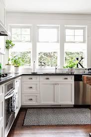 35 best farmhouse kitchen decor ideas to transform your kitchen