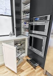 rangement dans la cuisine rangement de coin dans une cuisine secrets de cuisiniste