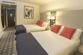 Family Rooms Bedrooms London Kensington Hotel - London hotels family room