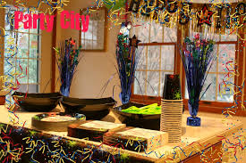 New Year S Decorations by New Years Party Decorations From Partycity Com Partycity The