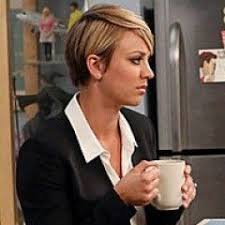 penny with short hair kaley cuoco sweeting responds to feminist controversy kaley