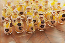 brilliant ideas for wedding favors 1000 images about wedding