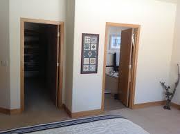 bedroom colors with oak trim bedroom