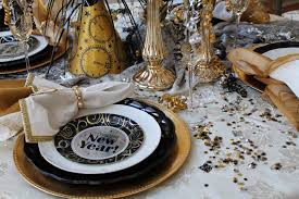 new year plates southern seazons new years tablescape