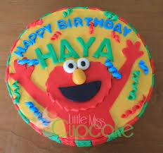 elmo fondant cake for haya little miss cupcake
