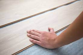 removing scratches from laminate flooring