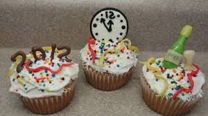 New Year Cupcake Decoration by Decorating Cupcakes 82 New Year U0027s Eve Trio Youtube