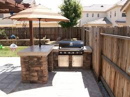 small outdoor kitchen design ideas best 25 outdoor kitchen design ideas on backyard outdoor